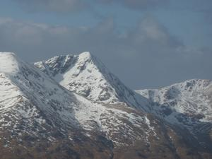 East Face / Right Gully, Sgùrr an Lochain, Kintail: A distant view of Coire an Lochain from A' Chràlaig Photo: Scott Muir